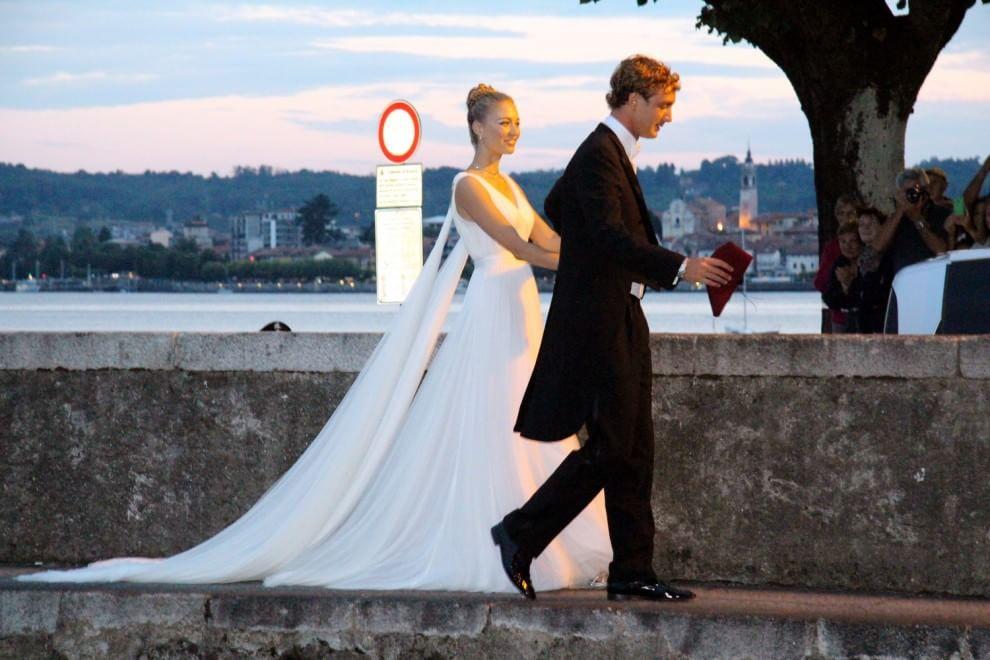 new york 9bd6b 19602 Nozze Borromeo-Casiraghi: arrivano gli sposi, lei è vestita ...