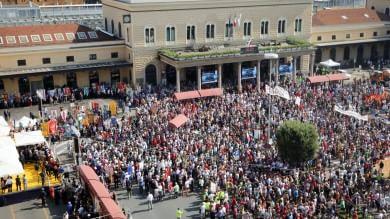 """Bologna ricorda la strage   foto     video   Mattarella: """"Italia non dimentichi"""""""