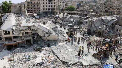 Siria, jet cade su città al confine turco   foto   Obama: ok a raid anche contro Assad