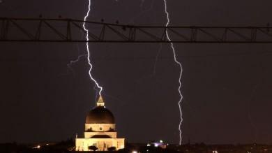 Alla Toscana il record dei fulmini Caduti oltre 800mila negli ultimi 15 anni