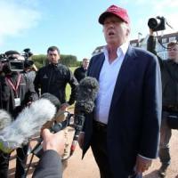 Il ciclone Trump infiamma l'America. Così il magnate fa tremare i Bush