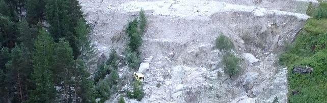 """Frana in Cadore, auto travolte: tre morti   foto     Audio  """"Tra vittime una quattordicenne""""    video"""