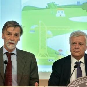 """Dissesto idrogeologico, il ministro Galletti: """"Pronto piano da 1,2 mld per avvio cantieri"""""""