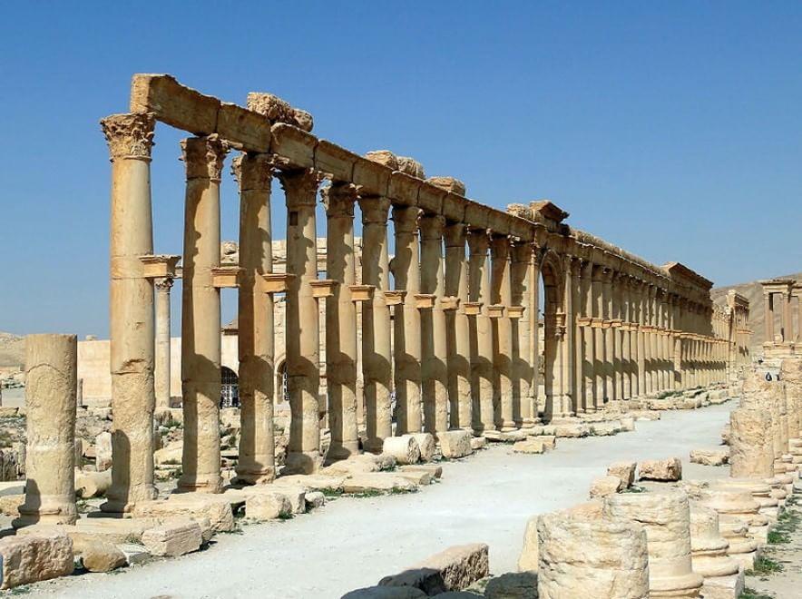 La guerra nemica della cultura i monumenti distrutti for Citta della siria che da nome a un pino