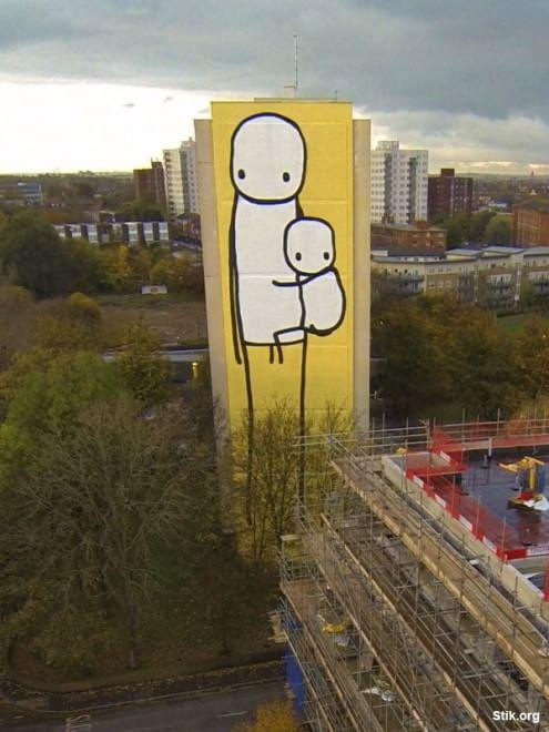 Dal graffito più grande del Regno Unito fino ai muri della Giordania: tutta l'arte di Stik
