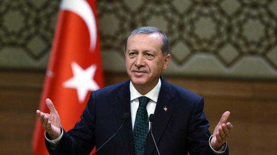 """Turchia, mediazione fallita. Davutoglu: """"Probabili elezioni anticipate"""""""