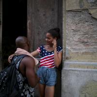 Cuba, L'Avana si veste a stelle e strisce per la riapertura dell'ambasciata Usa