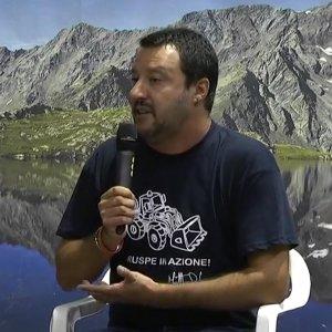 """Salvini attacca i vescovi e annuncia: """"Fermerò l'Italia 3 giorni"""""""