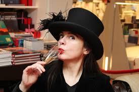 """Amélie Nothomb: """"Sono diventata scrittrice per sedurre mamma"""""""