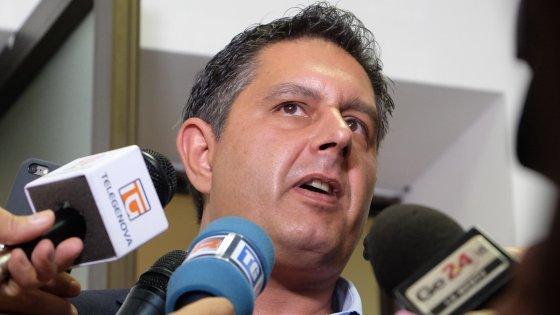"""Toti a Salvini: """"Sbagliato bloccare l'Italia. Concordi con noi la strategia anti-Renzi"""""""