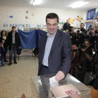Tsipras, le tappe di un mandato vissuto di corsa