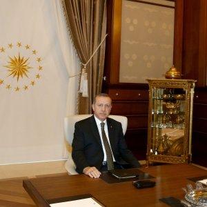"""Turchia, l'annuncio di Erdogan: """"Il primo novembre nuove elezioni"""""""