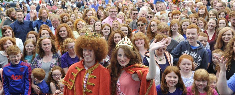 Irlanda, centinaia di teste rosse si riuniscono a Cork