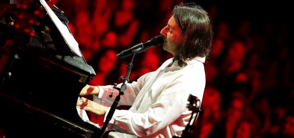 Pippo Pollina, il siciliano che canta d'amore e impegno sociale strega gli svizzeri