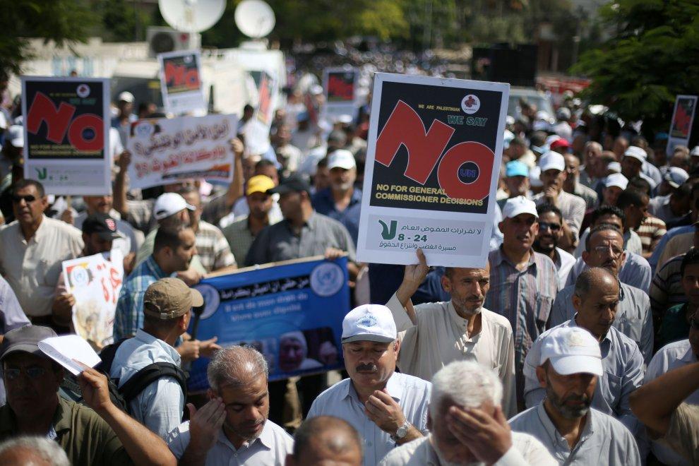 Gaza, scuole chiuse per sciopero insegnanti Onu: la marcia contro i tagli
