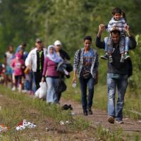 Dalla Macedonia all'Ungheria, il cammino dei migranti in Serbia verso l'Europa del nord