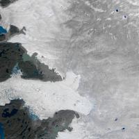 Groenlandia, il ritiro record del ghiacciaio, 12,5 km quadrati in due settimane