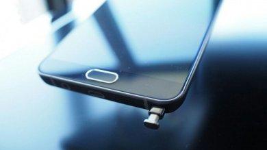 """Samsung alla prese col """"Pengate"""" problemi col pennino del Galaxy Note 5"""
