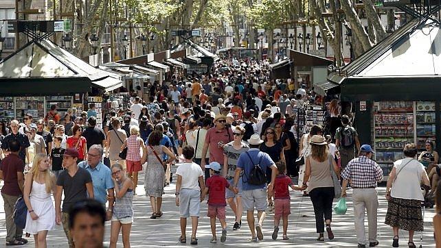 Barcellona contro Airbnb.   ft