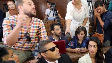 """Egitto, condannati reporter di al-Jazeera 3 anni per diffusione di """"notizie false"""""""
