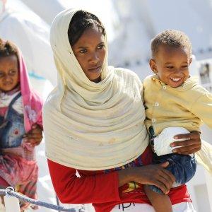 """Zygmunt Bauman: """"I migranti risvegliano le nostre paure. La politica non può rimanere cieca"""""""