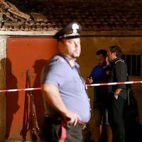 Potenza, esplode fucile di scena durante rievocazione storica: muoiono due