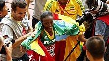 Oro nella maratona all'etiope Mare Dibaba