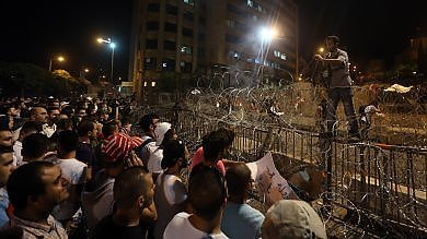 """Libano, il movimento """"You stink"""" di nuovo in piazza contro il governo"""
