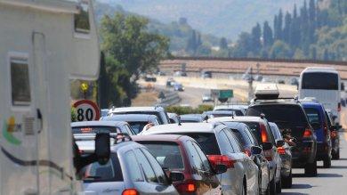 Controesodo, lunghe code su autostrade incidenti su A4 e A1, file alla frontiera