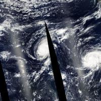 Tre uragani nel Pacifico, Ignacio spaventa le Hawaii. Le foto dal satellite e dalla stazione spaziale