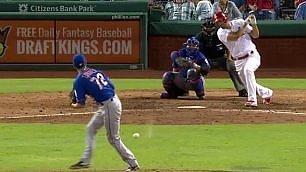 Baseball o calcio? Il battitore eliminato con un colpo di tacco