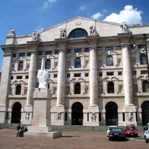 Borsa, Italia sulla piattaforma Ue: commissioni di regolamento giù del 90%
