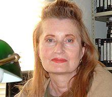 "Elfriede Jelinek: ""È gente indifesa non fare nulla condanna noi stessi"""