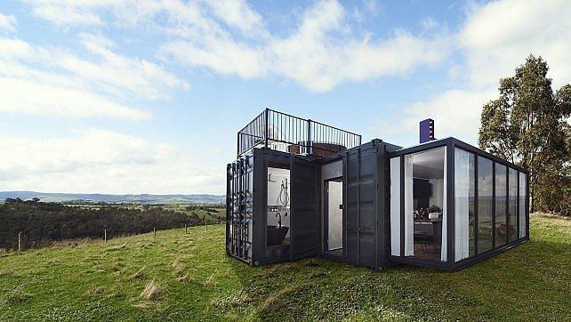 Due container e un hotel pop-up di lusso.    ft