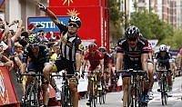 Lo sprint parla italiano Sbaragli batte Degenkolb