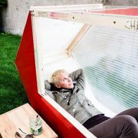 Piccoli spazi, grande relax: vacanze nelle micro case