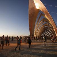 Burning Man, psichedelia e arte nel deserto del Nevada