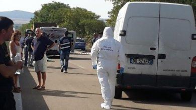 Sardegna, assalto a colpi di kalashnikov rapina a portavalori, bloccata statale   foto