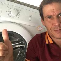 """""""Auguri campione"""", Twitter invaso dalle lavatrici per Strootman. C'è anche quella di Garcia"""