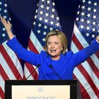 Usa, email Clinton: 150 messaggi top secret censurati. E spunta anche Berlusconi