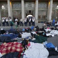 Ungheria: ancora caos alla stazione, i treni non partono. Altri tremila migranti entrati...