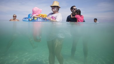 Cuba, boom a sorpresa del turismo locale Ma con lo 'sbarco Usa' finirà tutto   foto