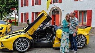 Auguri alla moglie da 2.5 milioni €  il manager Google regala Ferrari