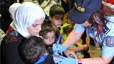 "Repubblica Ceca, polemiche  per i profughi ""marchiati""    Foto"