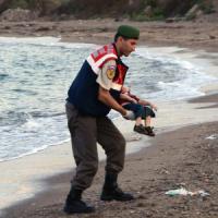 La famiglia del bimbo morto sulla spiaggia turca stava cercando di andare in Canada