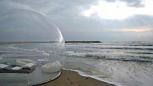 Ft . Tenda o bolla trasparente?