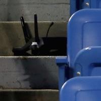 Tennis, paura agli Us Open: drone si schianta sulle tribune durante il match della Pennetta