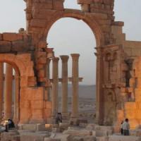 """Siria, l'Is si accanisce sui capolavori di Palmira: fa saltare anche le """"tombe a torre"""""""
