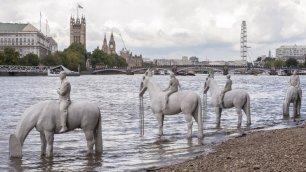 I quattro cavalieri sommersi contro l'Apocalisse ambientale