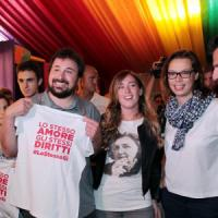 "Boschi,  promessa al Gay Village:  ""Basta differenze  sulle scelte di vita"""